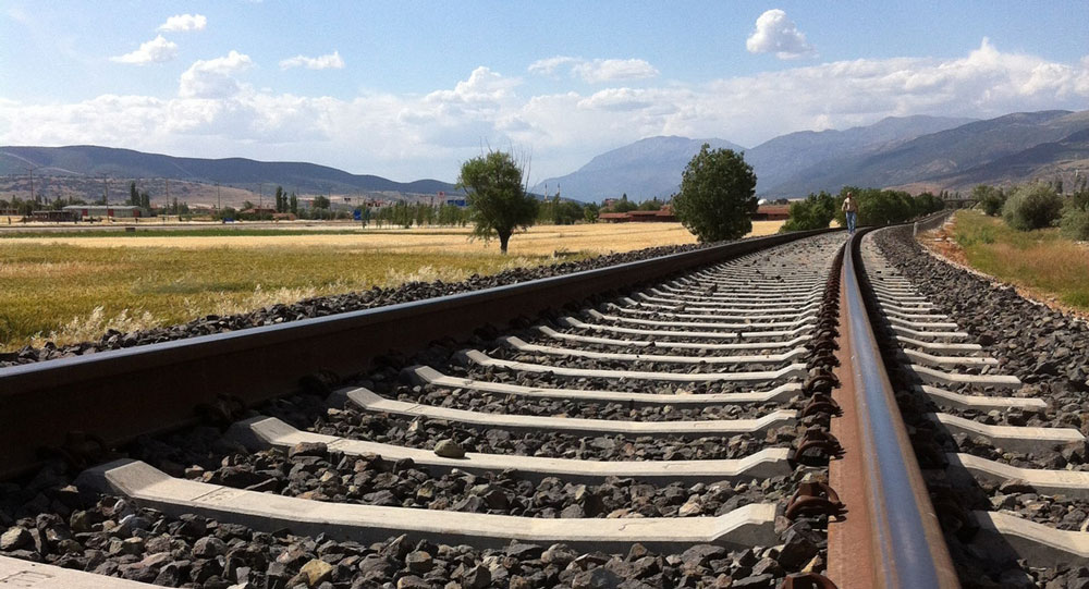 By railway to Nerja?